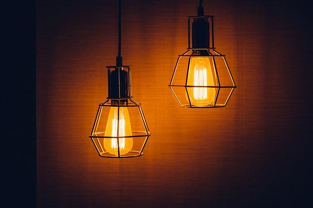 stejné lampy