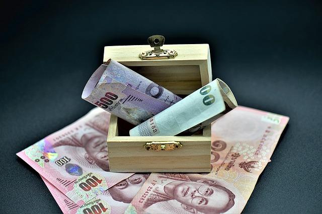 truhlička na peníze.jpg